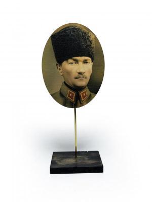 - Ahşap Ayaklı Atatürk Tablo Set 2 | Sözcü Kitabevi